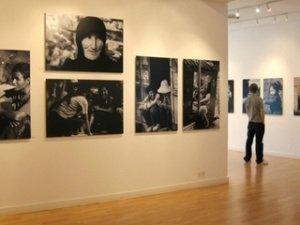 В Астрахани впервые проходит совместная выставка трёх фотографов