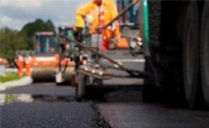 В Астрахани комплексно модернизируют свыше 30 дорожных участков