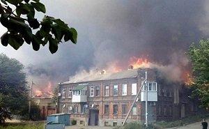 Погорельцев с Театрального спуска Ростова планируют расселить к первой годовщине пожара