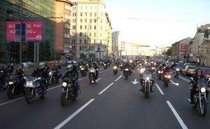 В Калмыкии байкеры торжественно закрыли мотосезон