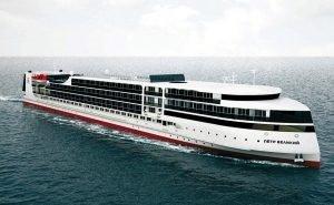 Первый в истории России круизный лайнер «Пётр Великий» спустили на воду
