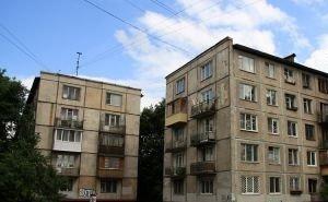 В Астрахани настаивают на незамедлительной реконструкции 5-этажек