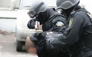Мужчиной, взявшим в Ростове в заложники беременную жену и ребёнка, оказался сотрудник СК