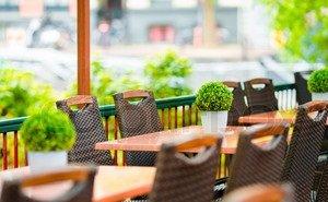Волгоградцы не стали «атаковать» открывшиеся кафе и летние площадки