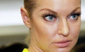 Волочкова выиграла суд по 22 астраханским квартирам