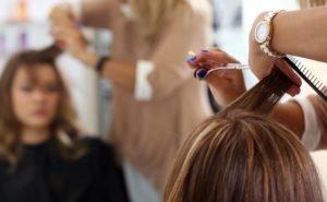 Салоны красоты и парикмахерские Ростовской области пытаются уйти в «тень»