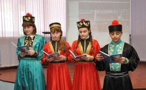 В Калмыкии обсудили проблему возрождения родного языка