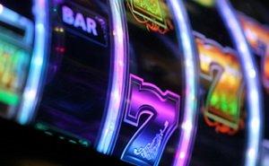 В азартном клубе Адмирал Х demovies.ru вас ждут яркие победы в мире азарта
