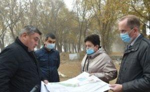 Глава Астрахани осталась недовольна темпами работ в парке на «десятке»