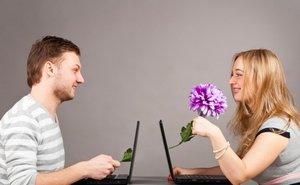 Почему так популярны знакомства в интернете?