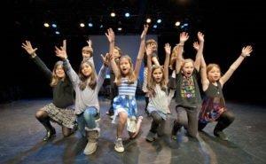 Для одарённых астраханских детей хотят создать школу искусств