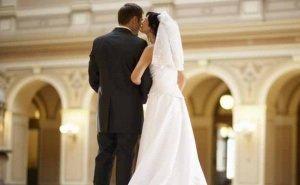 Коронавирус не мешает астраханцам заключать браки