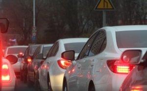 Власти Ростова оказались бессильны перед пробками из-за закрытия моста на Малиновского