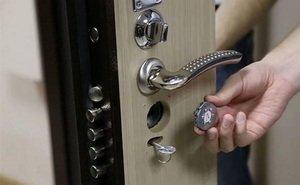Ремонт дверей и замков: помощь от профессионалов