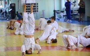 В Ростове продолжат строить спортобъекты