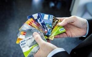 В Волгограде предлагают защищать банковские карты от мошенников