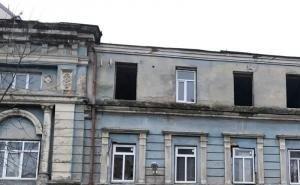 Здание тубдиспансера в Ростове растаскивают по кирпичику