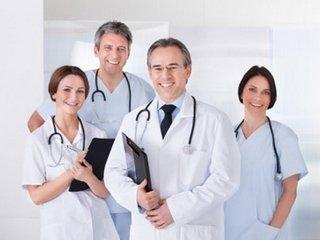Какими особенностями должна обладать качественная медицинская одежда?