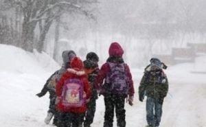 Из-за снегопада школьников Майкопа отправили на «удалёнку»