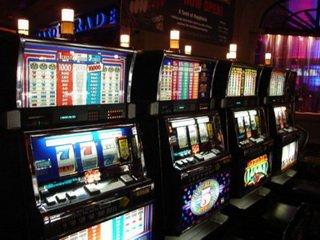 Играйте и выигрывайте в казино Слот В