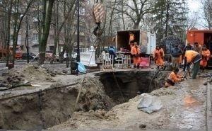 «Вы нам всё испоганили!»: власти Ростова обвинили водоканал в разбитых дорогах