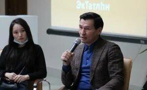 Бату Хасиков встретился с молодыми активистами Калмыкии