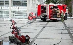 В Калмыкии создали пожарного робота-манипулятора
