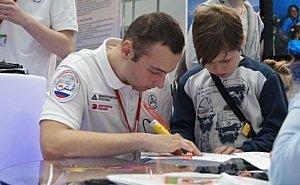 Изобретения юных астраханцев заинтересовали главу Минпромторга РФ