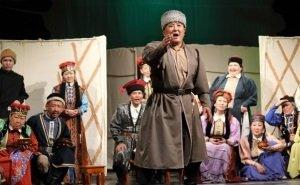 Национальный театр Калмыкии закрыл сезон