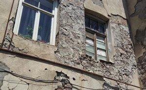 На Дону хотят досрочно расселить жителей аварийных домов