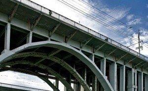 Суд обязал власти Волгограда отремонтировать мост через р. Царица