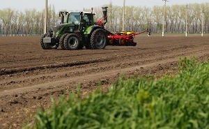 Волгоградским аграриям поставили задачи по посевной