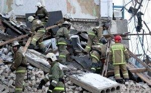 Причиной обрушения дома в центре Ростова власти назвали ливень