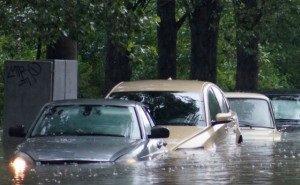 Водителей в Ростове предупреждают о «ловушках» даже на сравнительно ровной дороге