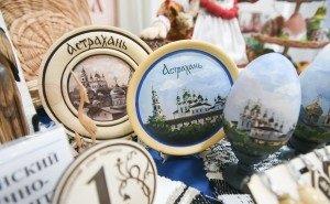 В Астрахани упал спрос на сувениры