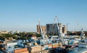 Астраханцы не хотят видеть многоэтажки на месте порта