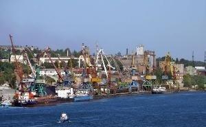 Ростовский морпорт могут насильно «выселить» на Левый берег